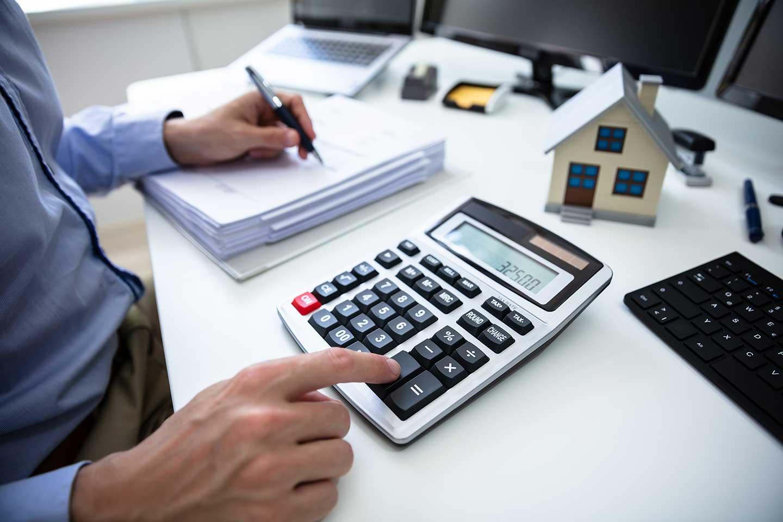 Eine neue Immobilie kaufen, um Wohnungen zu vermieten (Wohnung mieten)